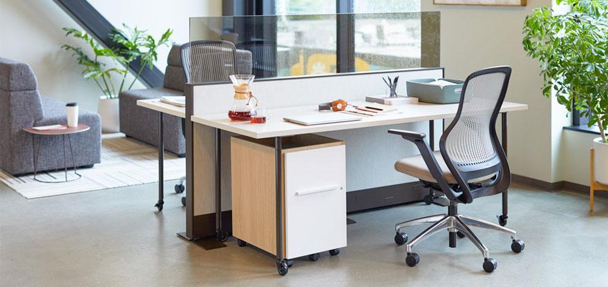 میز اداری در طراحی دفتر مدرن