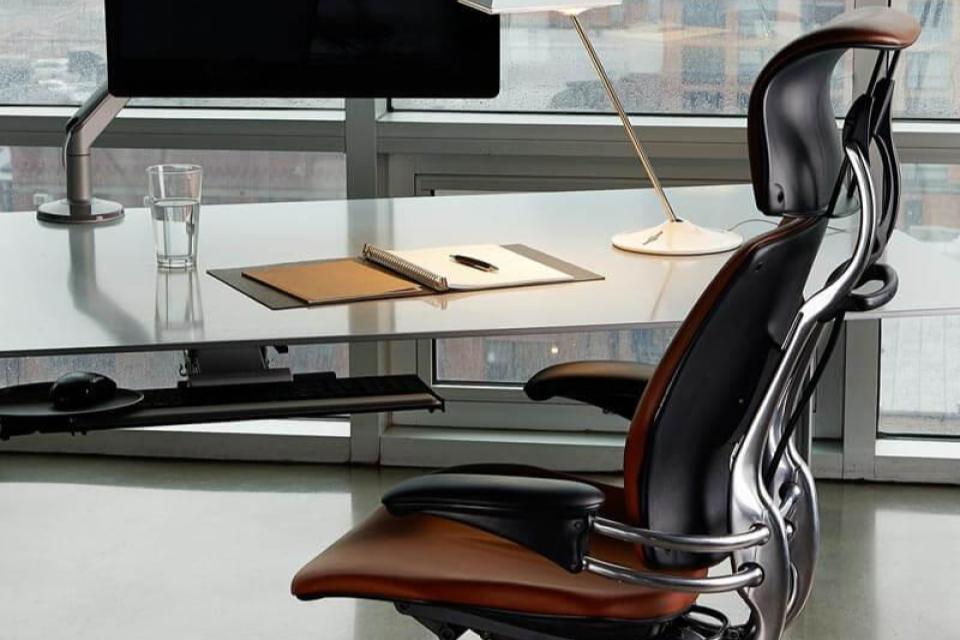 خرید صندلی اداری ارگونومیک